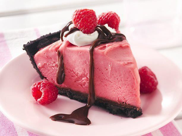Frozen Chocolate Raspberry Pie | Food & Drinks | Pinterest