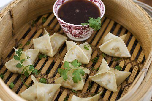 Easy vegetarian steamed dumplings | Vegetarian & Vegan | Food | Recip ...