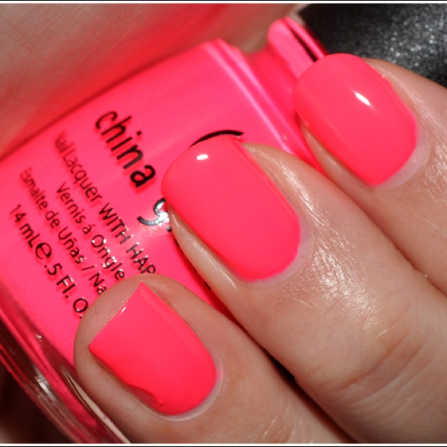 China Glaze- pool party