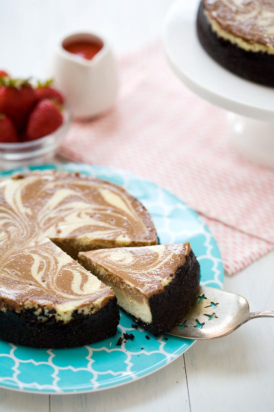 Banana Split Cheesecake | Dessert : Cakes | Pinterest