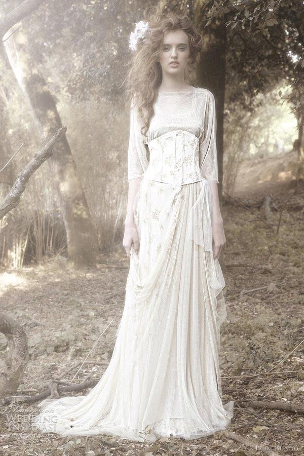 Vintage Wedding Dresses North East : Vintage wedding dress with corset a mystical i