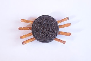 spooky spider cookies   Halloween   Pinterest