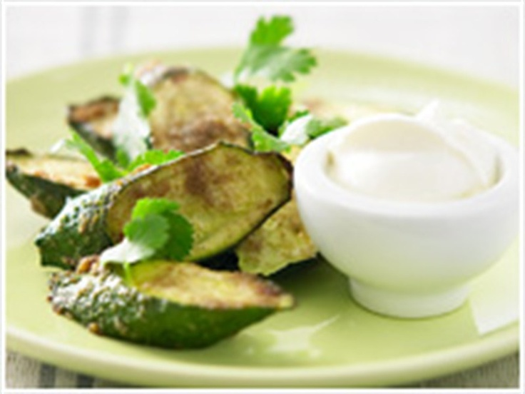 Spicy roasted zucchini | ~Courgettes~ | Pinterest