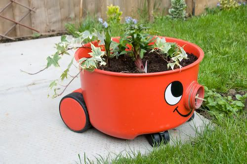 Pin by penny hetherington on whimsical recycled plant pots for Recycled flower pots
