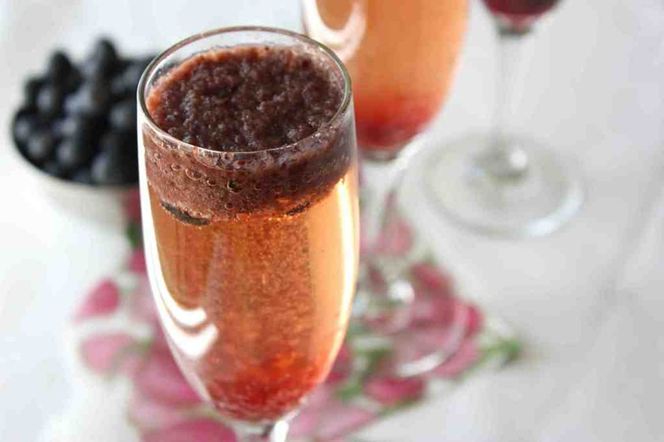blueberry bellinis | foodie anniversary | Pinterest