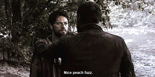 """Nice peach fuzz"" #dean #cas #supernatural #funny"