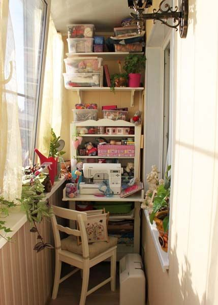 Balcony enclosure and decorating ideas 22 small sun rooms - Small space craft room model ...