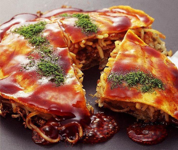 Hiroshima style okonomiyaki | food food fooood | Pinterest