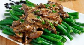Green Beans in a Creamy Mushroom Sauce | food | Pinterest