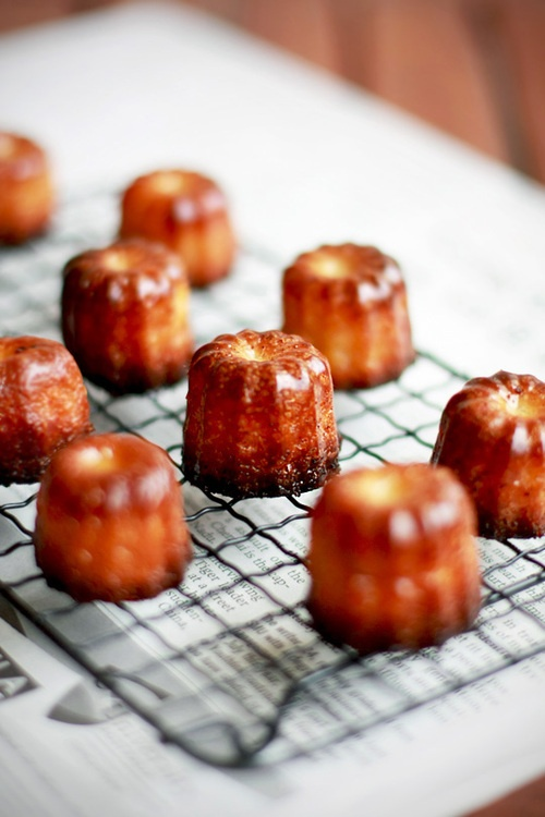 Cannelés de Bordeaux | Cuisine French | Pinterest