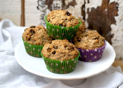 Oatmeal raisin muffins - a great, light treat when you're craving an ...