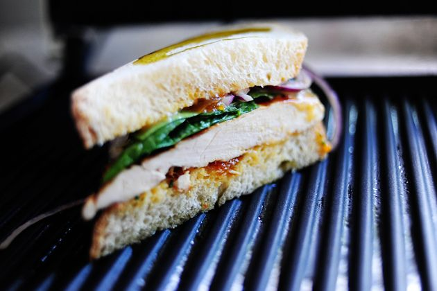 Grilled Chicken Sandwich with Apricot Sauce | Recipe