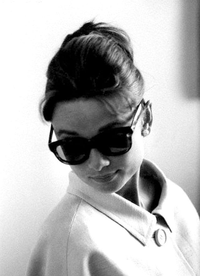 Audrey Hepburn | Celeb...