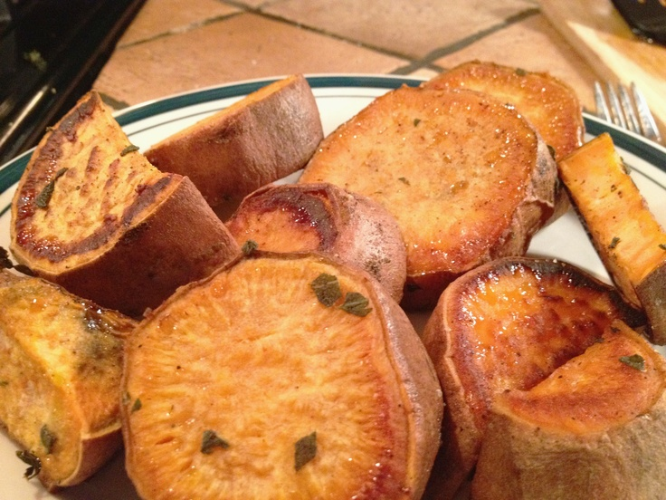 Herb Roasted Sweet Potatoes | delicious | Pinterest