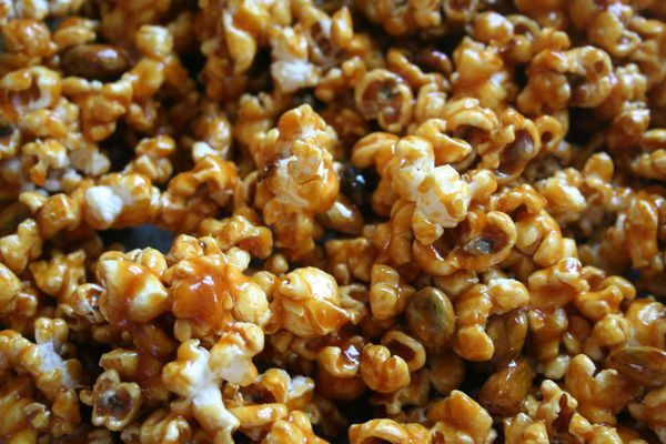 Pistachio praline popcorn | Tummy Yummies!! | Pinterest