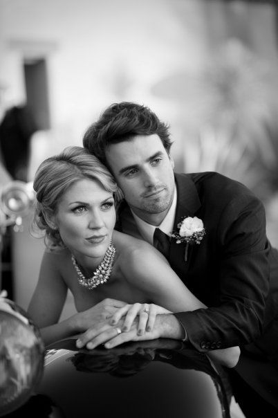 shot by jasmine star. such a beautiful couple and pose