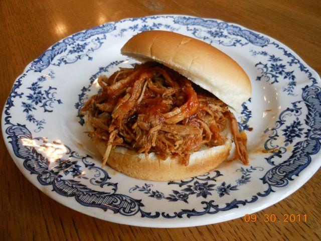 Hawaiian Pulled Pork Sandwich | Cooking | Pinterest