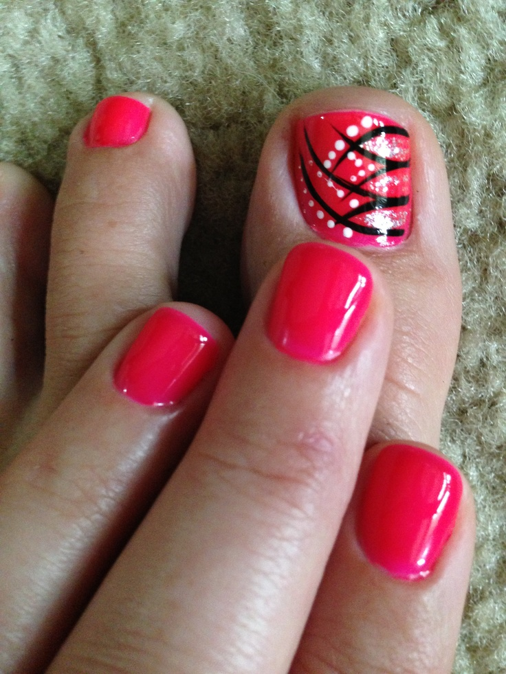 Line Design Nail Art : Pedicure red design cute totally want to try this