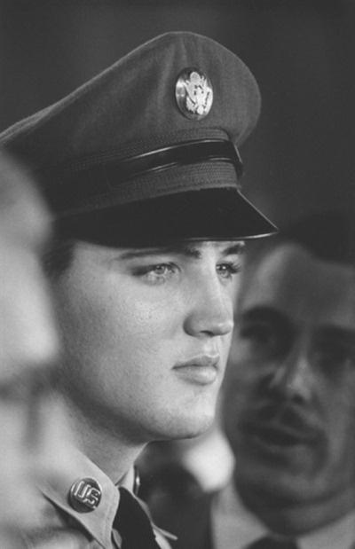 Elvis Presley theredlist