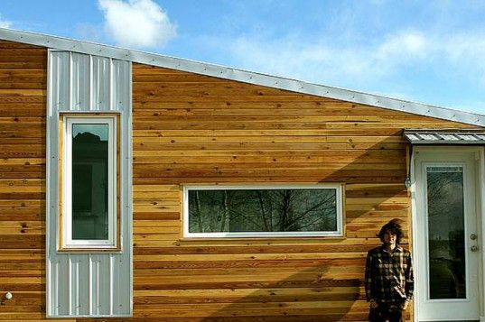 The leaf house is an energy efficient tiny home built for for Small efficient homes