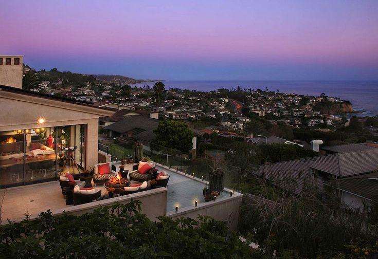 Soft Contemporary Masterpiece in Laguna Beach, California