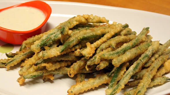 Fried Green Beans and Wasabi Ranch. From Rachel Ray. Gotta try these ...