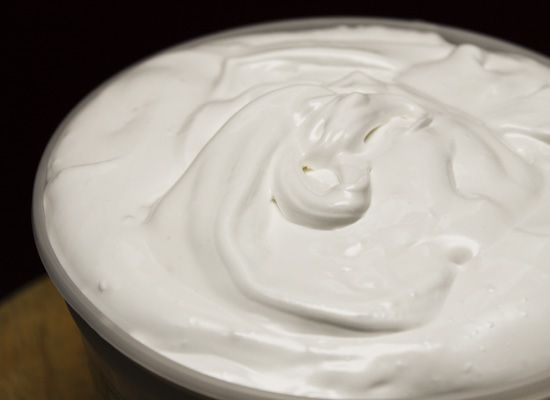 Recipe: Homemade Marshmallow Fluff--1/3 of the cost of the storebought ...