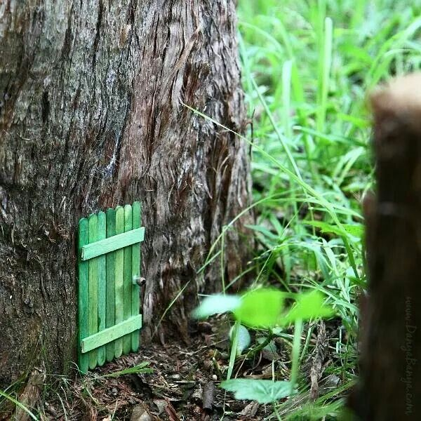 Make your own fairy door fairies gnomes pinterest for Fairy doors to make