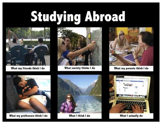 [Essay] The advantages and disadvantages of studying abroad