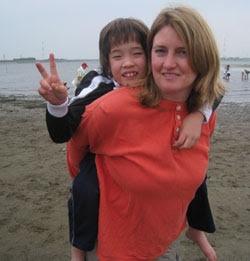 Suzanne Kamata.   Author of 'Losing Kei.'       -------      http://www.suzannekamata.com