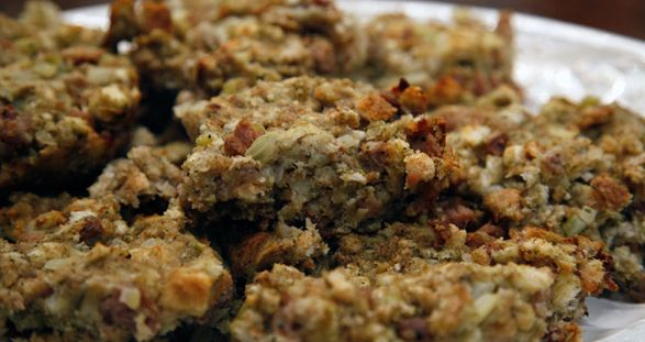 Sausage and Herb Bread Stuffing | Sides & Veggies | Pinterest