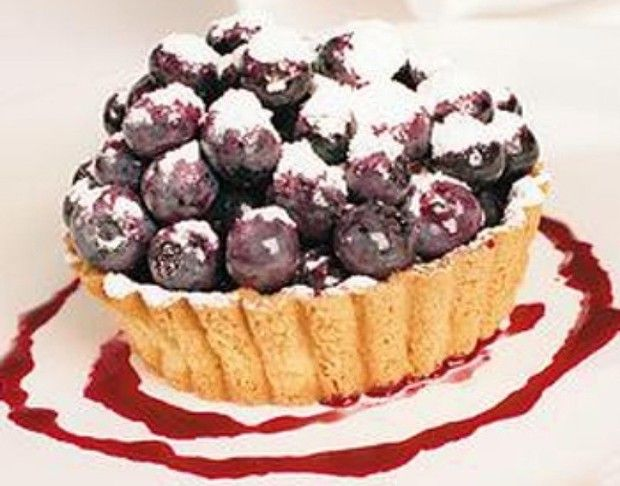 Blueberry and raspberry sour cream tart | Food & Recipes | Pinterest