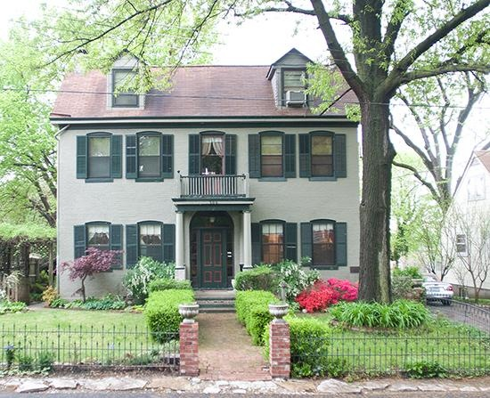 Montaigne House on St Louis Street HISTORIC HOMES IN