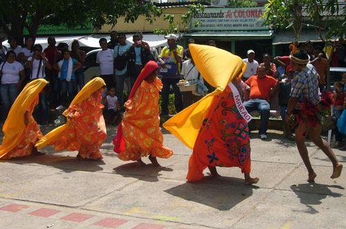 LA CHICHA MAYA : Baile de la comunidad indígena Wayuu La Guajira - Colombia |