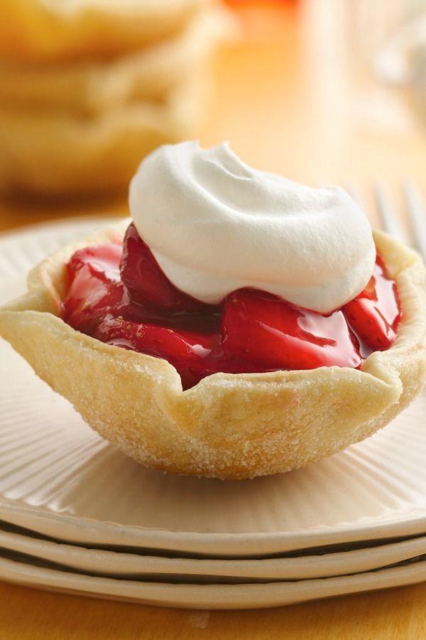 Raw Strawberry Tarts Recipe — Dishmaps
