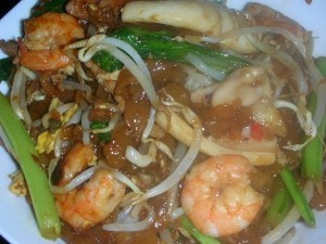 penang char kuey teow char hor fun is poon s is the char hor fun stall ...