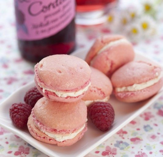 Raspberry & Rose Macarons | Sweet Food and Drinks | Pinterest