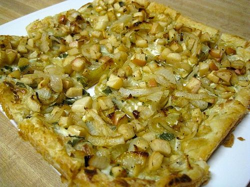 Caramelized Onion with Apple Tarts and Blue Cheese vegetarian recipe ...
