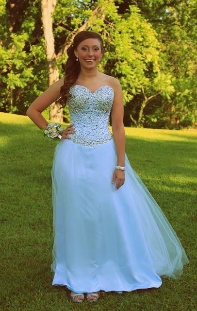 Vaughan Mills Prom Dresses 19