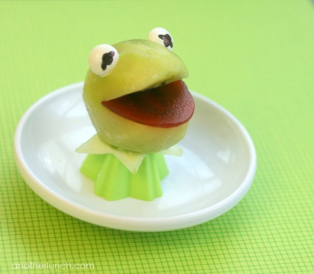 Kermit the frog Snack by anotherlunch.com