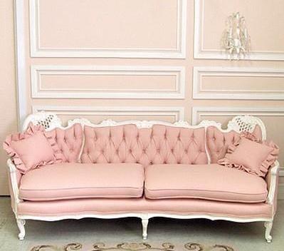 Love This Vintage Pink Sofa VINTAGE FLAIR Pinterest