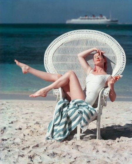 Mark Shaw, Model on the Beach, Italy, 1950  #AdeaEveryday