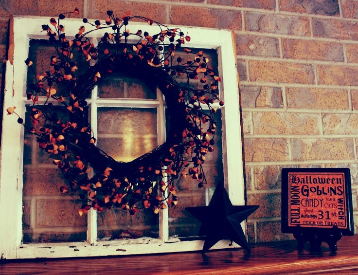 Scary halloween table decor photograph scary but cute hall - Deco hal halloween ...
