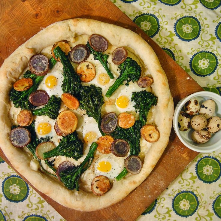 PizzaTuesday Broccoli Rabe, Potatoes & Quail Eggs #Pizza: Shaved ...