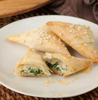 Spinach and Cheese Bourekas Post Image | Vegetarian dishes | Pinterest