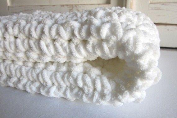 Marshmallow Crochet Baby Blanket Pattern : Plush super-soft crocheted baby blanket - MARSHMALLOW