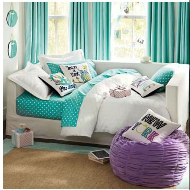 So cute and stylish cool rooms pinterest - A nice bed and cover for teenage girls or room ...