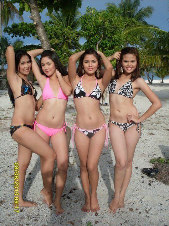 Very sexy Filipina girls in bikinis on a beach in the Philippines #sexypinay #bikinibabes #asiangirls