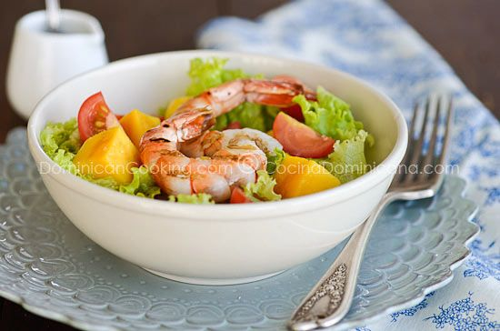 Shrimp & Mango Salad. I love this flavor combination!