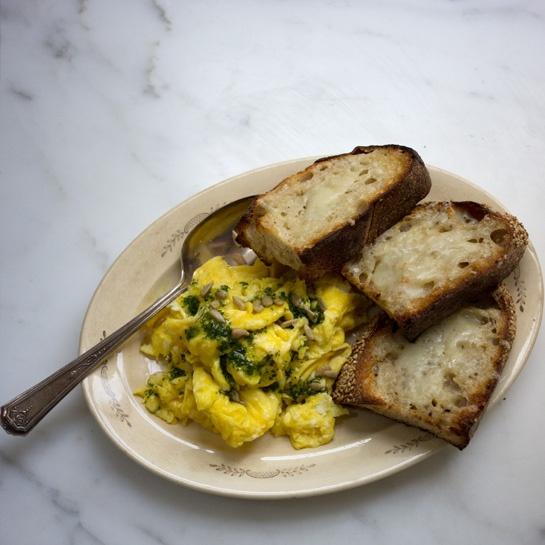 Super-eggy Scrambled Eggs from 101 Cookbooks. http://punchfork.com ...